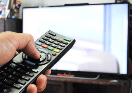 デジタルデザインサイネージでテレビをデジタルフォトフレームにする