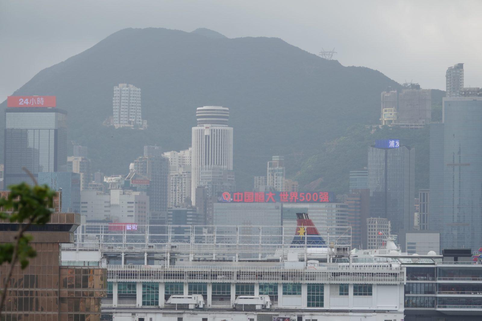 香港 デジタルサイネージ